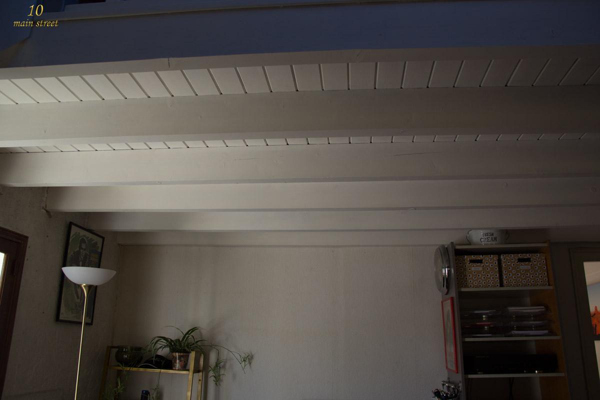 Comment peindre les poutres et le plafond l 39 ach vement for Fausses poutres pour plafond