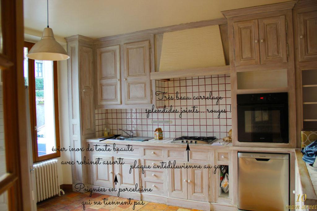 excellent la cuisine avant plans de travail et crdence carrels with recouvrir plan de travail carrel. Black Bedroom Furniture Sets. Home Design Ideas