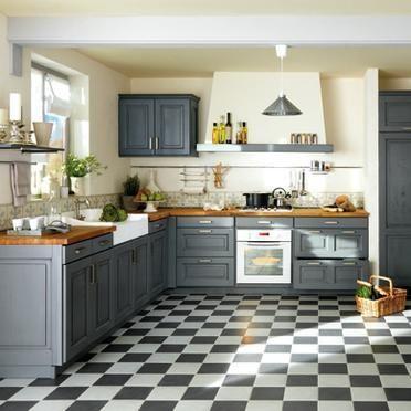 Histoires de plan de travail dans une vieille cuisine - Plan de travail cuisine lapeyre ...