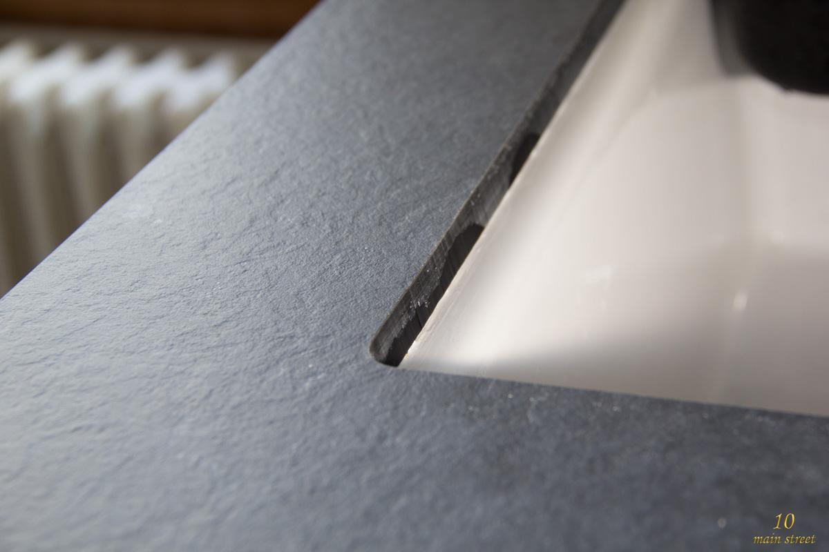 r novation de la cuisine installation du plan de travail en compakt. Black Bedroom Furniture Sets. Home Design Ideas